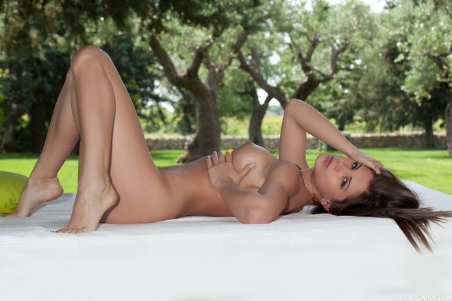 nude amateur girls homemade erotica cute amateur girl posing naked